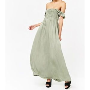 NWT forever 21 maxi dress- M